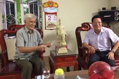 Ban quản lý các KCN Bắc Ninh và Tập đoàn khoa học kỹ thuật Hồng Hải thăm, tặng quà tại Trung tâm điều dưỡng thương binh Thuận Thành