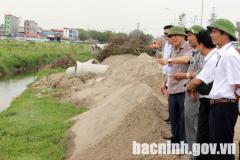 Phó Chủ tịch Thường trực UBND tỉnh giải quyết kiến nghị về tiêu thoát nước tại KCN Yên Phong