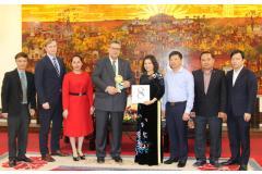 Chủ tịch UBND tỉnh Nguyễn Hương Giang tiếp Đại sứ Phần Lan