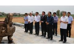Nguyên Chủ tịch nước Trương Tấn Sang dâng hương tại đền thờ Lý Thường Kiệt